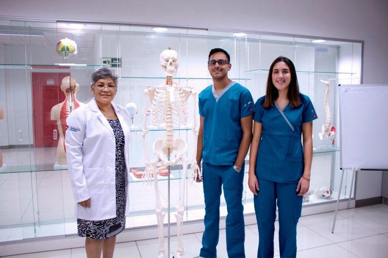 Unitec ofrece t cnico universitario en enfermer a auxiliar for Exterior tecnico universitario 2018